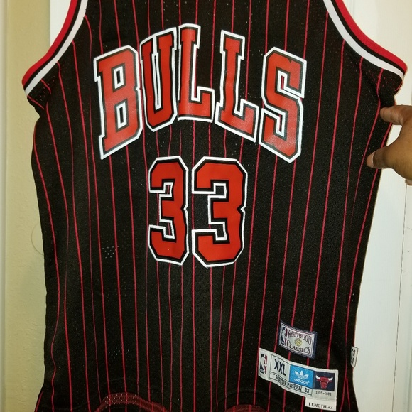 get cheap a4ee7 f5d0a Authentic Adidas Scottie Pippen Bulls Jersey